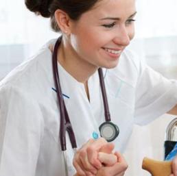 Giornata dell'infermiere, Speranza: «Ruolo fondamentale da ...